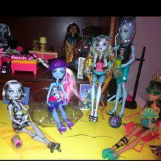 K's Monster High dolls