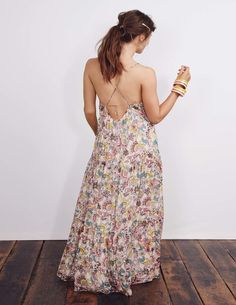 Tallulah Silk Maxi Dress - love the back, but wondering if the flowing waist would look pregnant on me.