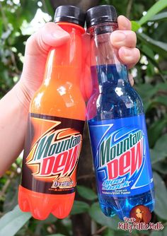 I rarely drink soda but when I do, I make sure that there's something unique with the flavor. I grew up drinking more water and juices. Blue Drinks, Cold Drinks, Alcoholic Drinks, Beverages, Refreshing Drinks, Yummy Drinks, Mtn Dew Flavors, Cola Wars, Sparkling Drinks