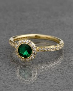 Ritani Platinum 18K yellow gold 0.70 cttw. Diamond & Emerald Ring - explore the art deco collection http://www.ritani.com/engagement-rings/style/art-deco-engagement-rings