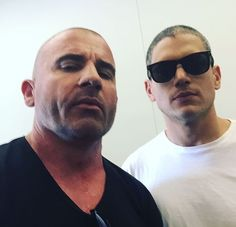 Michael Scofield and Lincoln Burrows everybody.... OMG I love them so much. #prisonbreak