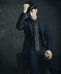black suit x fedora :: Joseph Gordon-Levitt