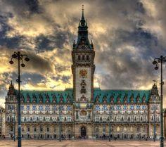 Hamburg Rathaus, l'Hôtel de Ville de Hambourg (Allemagne) – Crédit Photo : Schmidtsan