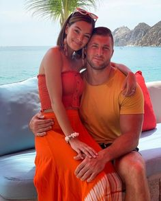 Tim Tebow Girlfriend, Demi Leigh Nel Peters, American Athletes, Making Love, University Of Florida, Jacksonville Jaguars, New York Jets, Beauty Queens, New England Patriots
