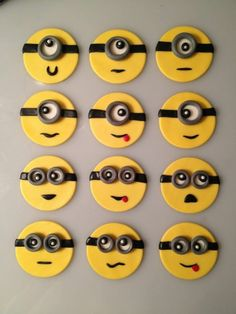 "12 Edible Despicable Me ""MINIONS"" Cupcake Toppers"