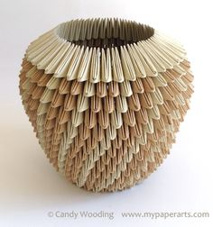 concepts, forms, materials, techniques, and processes related to basketry Origami And Quilling, Paper Crafts Origami, Origami Box, Paper Quilling, Oragami, Contemporary Baskets, Origami Techniques, Cardboard Sculpture, Earth Spirit