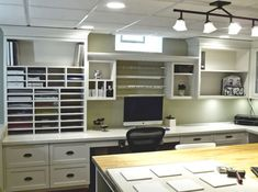 LOVE this craft room!!
