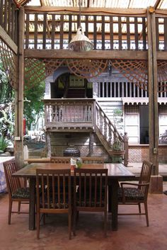 She's been to Patis Tito Garden . Philippine Architecture, Filipino Architecture, Interior Architecture, Filipino Interior Design, Filipino House, Luxury Garden Furniture, Philippine Houses, Bali, Antique House