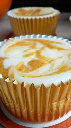 Pumpkin Swirl Cheesecake Cupcakes