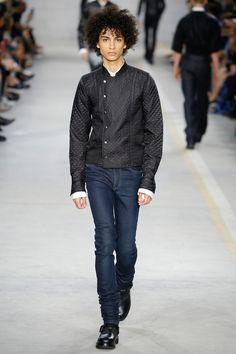 http://www.vogue.com/fashion-shows/spring-2017-menswear/diesel-black-gold/slideshow/collection
