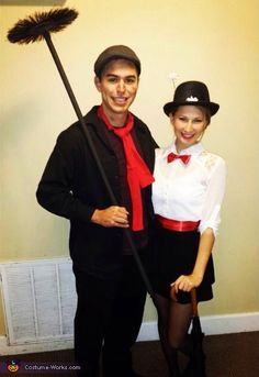 Mary Poppins and Bert Homemade Costume - 2014 Halloween Costume Contest Disney Couple Costumes, Cute Couples Costumes, Disney Couples, Couple Halloween Costumes, Mary Poppins Children, Mary Poppins And Bert, Mary Poppins Costume, Homemade Costumes, Diy Costumes