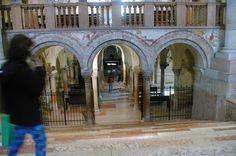 Italia, Verona, Basilica de San Zeno, vista interior, cripta