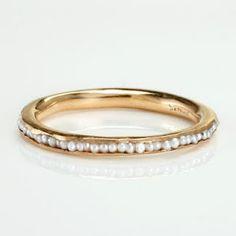 Ring   Satomi Kawakita.  18k gold and pearls