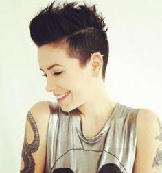 Grandes cortes de pelo oscuro 2014 | http://www.cortesdepelomujer.net/cortes-de-pelo-para-mujeres/grandes-cortes-de-pelo-oscuro-2014/931/