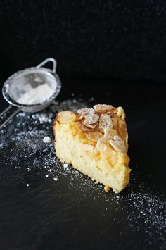 Lemon, Ricotta and Almond Flourless Cake - fancy-edibles.com