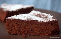Italian Torta Formosa - a cake like chocolate mousse .- Italian Torta Formosa – a cake like chocolate mousse – Schokohimmel Chocolate Low Carb, Menta Chocolate, Like Chocolate, Chocolate Recipes, Chocolate Cake, Flourless Chocolate, Italian Chocolate, Chocolate Cheesecake, Low Carb Sweets