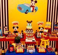 """""""Mais de perto! #carrinhos #Mickey #mickeymouse #perbambinifestas"""""""