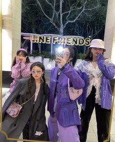 Korean Girl Fashion, Ulzzang Fashion, Kpop Fashion Outfits, Korean Outfits, Mode Outfits, Asian Fashion, Estilo Ivy, Korean Best Friends, Looks Pinterest