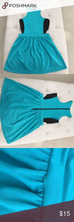 🆕 NWT One Clothing Teal dress NWT One Clothing Teal dress. Size small brand new with tags. Has small threading defect as seen in last pic-- should be easy fix. Brand new never worn. The style is sexy as it has side skin showing! I decided I wasn't bold enough to pull it off! one clothing Dresses