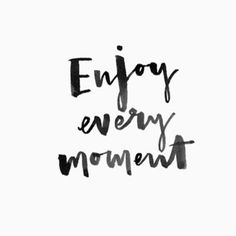 OMGQuotes will help you every time you need a little extra motivation. Get inspired by reading encouraging quotes from successful people. Motivacional Quotes, Short Quotes, Words Quotes, Wise Words, Best Quotes, Life Quotes, Moment Quotes, Sayings, Mots Forts