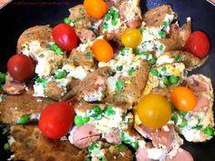 Deftiger Schmarrn - Lowcarb Abendessen - mit 9,5 g Eiweiß pro 100 g. Zutaten sind Erbsen, Eier, Mandelmilch und Geflügelwiener von Viva Vital.