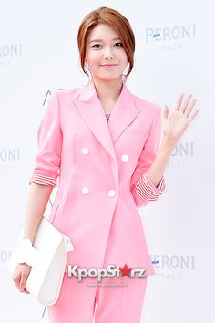 Girls Generation[SNSD] Sooyoung at ATRIA Flagship Store Opening Event - Jul 4, 2014 [PHOTOS] http://www.kpopstarz.com/articles/98367/20140707/girls-generation-snsd-sooyoung-atria-flagship-store-opening-event-jul.htm