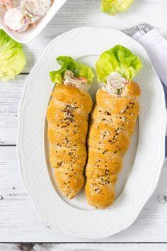 Tavaszi salátával töltött, sokmagvas kenyértölcsér recept