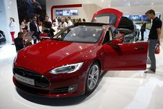 Tesla Motors published a long list of risks in its latest annual report. Here are the most interesting ones. Tesla Electric Car, Electric Cars, Tucson, Ducati, Carros Hyundai, Tesla Inc, Audi, Tesla Owner, Learning To Drive