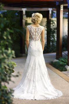 Wedding dress Belldonna Jacqueline back