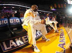 Kobe Bryant protagoniza el cabreo del año en la NBA y lo paga con una silla