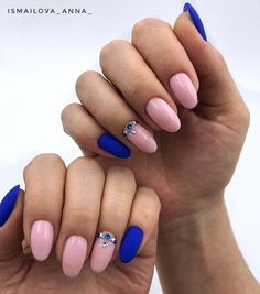 📎 @ismailova_anna_ ✔️Какой бы выбрали вы? Голосуем,ставим лайк❤️ и ПОДПИСАТЬСЯ 🔴 🔝🔝🔝 Идеи маникюра💅🏻 @___woman_secrets___… Self Nail, Popular 1, Blue Nails, Nail Designs, Manicures, Oval Shape, Beauty, Almond, Anna
