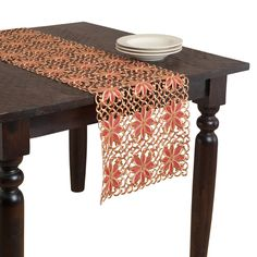 Broderie Embroidery And Cutwork Design Table Runner
