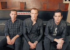 Eve 6 was my #1 band in my early teens. I've just recently rediscovered them and omg I'm still in love <3