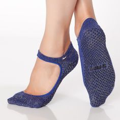 Shop SWEET Grip Sock by SHASHI. Shashi sweet grip socks for pilates + barre + yoga. Shop our grip sock collection today! Pilates Socks, Barre Socks, Pilates Barre, Grip Socks, Foot Socks, Sexy Socks, Cute Socks, Workout Shoes, Workout Wear
