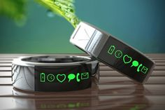 A Smarty Ring, instead of a smart watch. #lookscool