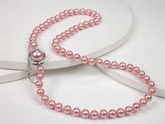 Collar de 45 cm. con Perlas en color Rosa fuerte de 7 mm. y cierre en Plata de Ley.