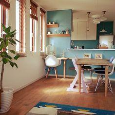 女性で、4LDKのこどもと暮らす。/RC広島支部/リサラーソン/ムーミン/ブルー/ニトリ…などについてのインテリア実例を紹介。「キッチンと向き合う良い機会を頂きました~~(*^^*) 」(この写真は 2016-08-28 18:48:09 に共有されました) Cafe Interior, Best Interior Design, Room Interior, Muji Haus, Japanese Interior, Home And Deco, My New Room, Beautiful Kitchens, Apartment Design