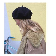 never out of style Chill Style, My Style, Hat World, French Girls, Weekend Style, Autumn Winter Fashion, Winter Style, Well Dressed, Hats For Women
