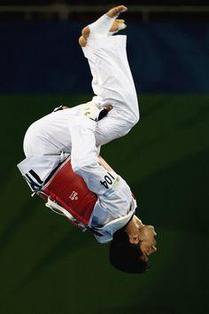 Hadi Saei - Taekwondo - Beijing Olympics 2008 - Mens 80kg ~ Athens Olympics 2004 - Mens 68kg