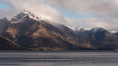 Looks like a scene straight out of Lord of the Rings... Queenstown, New Zealand [OC] [6620×3724] : EarthPorn