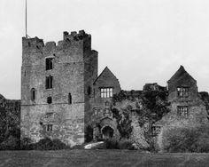 Castle II Ludlow England 1890s