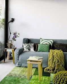 Decorando en verde { Decorating in green } - EN MI ESPACIO VITAL: MUEBLES RECUPERADOS Y DECORACIÓN VINTAGE