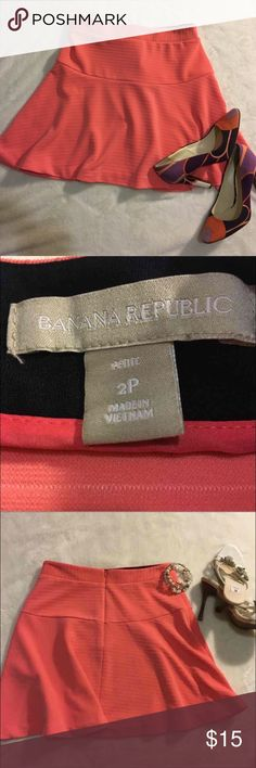 Banana Republic Banana Republic skirt. NOT FACTORY! color peach size 2P Banana Republic Skirts Mini