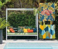 Life made comfortable. Frisse en vrolijke kleuren om eindeloos mee te combineren. Life is wonderful. Enjoy it every day! Porch Swing, Outdoor Furniture, Outdoor Decor, Life, Home Decor, Decoration Home, Room Decor, Porch Swings, Interior Decorating