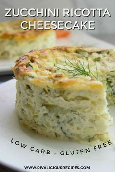 This zucchini ricotta cheesecake is a delicious savoury dish served either cold or from the oven. A delicious low carb and gluten free dish as an alternative to a quiche. Use 2 Bake about 40 minutes, keep in the oven for 15 minutes. Gluten Free Recipes, Low Carb Recipes, Vegetarian Recipes, Cooking Recipes, Ricotta Recipes Healthy, Mexican Recipes, Zucchini Ricotta Recipe, Savoury Tart Recipes, Healthy Cooking
