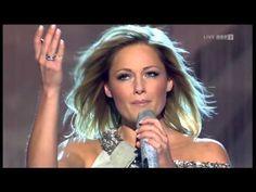 Helene Fischer - Live im 2013 (Hit medley)sorry wenn ich hier schreibe ich mag die Helene Fischer, Sie ist Toll.