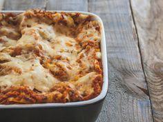 Falls euch der Artikel gefallen hat, gerne weitersagen! Das könnte dir auch gefallen herbstliche Pilz-Bolognese mit Strozzapreti Spaghetti mit geröstetem Ofengemüse Räucher-Tempeh auf Pfirsichchutney, Wildreis und gefüllten Champignons