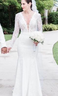 Berta  13-170: buy this dress for a fraction of the salon price on PreOwnedWeddingDresses.com