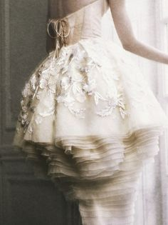 Christian Dior haute couture. Photographed by Yuval hen for the Financial Times ('Fine Times'), November 2009.