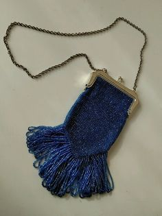 a7f26dfae82 Hand Beaded Knitted Purse Reproduction Downton Abby Flappe Victorian  Edwardian #purse Edwardische Mode, Gehaakte